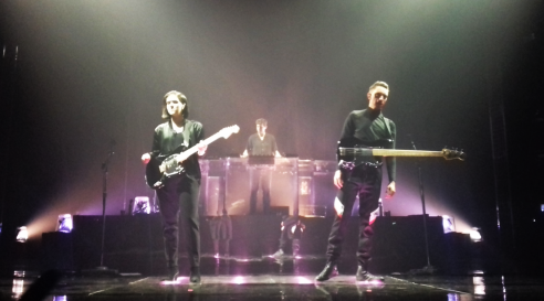 The xx, London, 8/3/17 (photos: Tabetha Parrick)