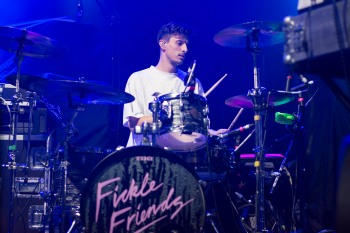 FIckle Friends, Bournemouth, 6/5/17 (Photo: Phoebe Reeks)