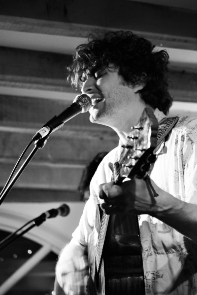 Flyte, Sidmouth, 9/8/17 (© Sync Music Blog)