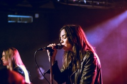 The Aces, London, 20/11/18 (photo © Linda Brindley for Sync.)